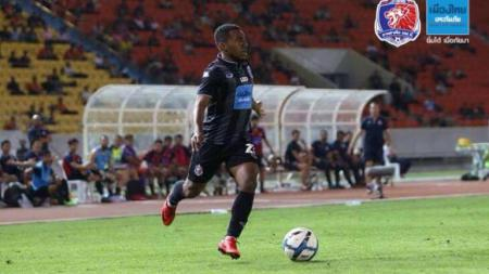 Terens Puhiri tampil membela Port FC. - INDOSPORT