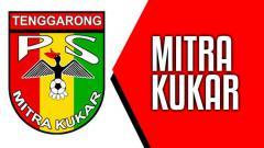 Indosport - On This Day: Mitra Kukar kalahkan Persepam MU di ISL, diwarnai hujan kartu saat laga.