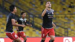 Indosport - Jaimerson da Silva (kanan) usai mencetak gol kedua untuk Persija Jakarta