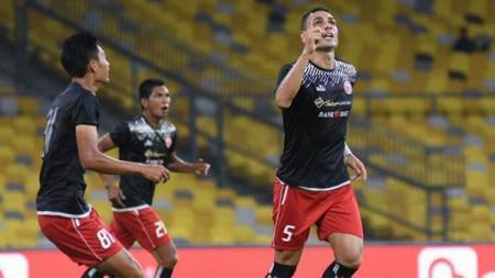 Jaimerson da Silva (kanan) usai mencetak gol kedua untuk Persija Jakarta - INDOSPORT