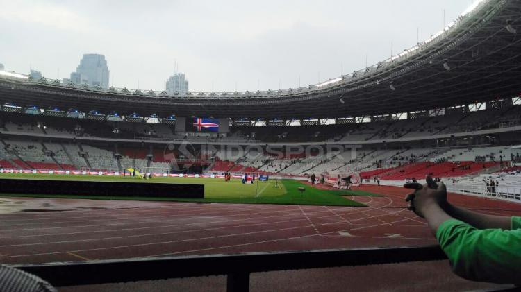 Suasana di dalam Stadion Gelora Bung Karno Copyright: Petrus Manus DaYerimon/Indosport.com