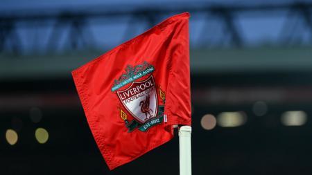 Bendera di Stadion Anfield. - INDOSPORT