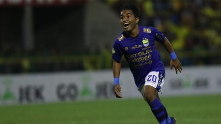 Fulgensius Billy Paji Keraf pemain Persib Bandung - INDOSPORT
