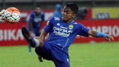 Indosport - Pemain Persib Bandung, Febri Haryadi.