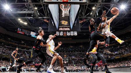 Situasi pertandingan Golden State Warriors v Cleveland Cavaliers. - INDOSPORT