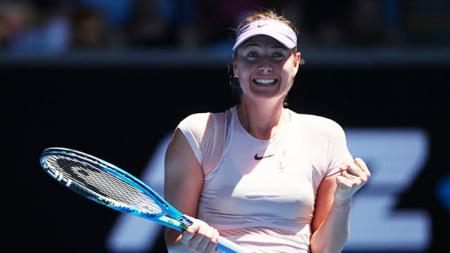 Maria Sharapova saat selebrasi di ajang Australia Terbuka 2018. - INDOSPORT