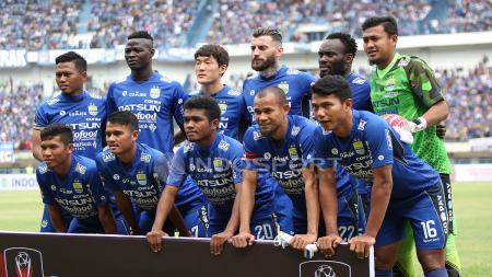 Skuad Persib Bandung pada laga pembukan Piala Presiden 2018. Herry Ibrahim - INDOSPORT