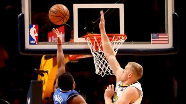 Dallas Mavericks vs Denver Nuggets. - INDOSPORT
