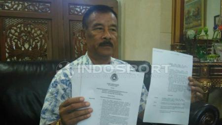 Manajer Persib Bandung, Umuh Muhtar. - INDOSPORT