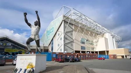 Tampilan depan Stadion Elland Road markas Leeds United. - INDOSPORT