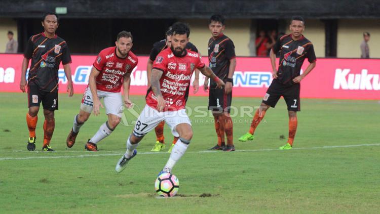 Bali United vs Borneo FC Copyright: Ruddy Khaizan/Indosport.com