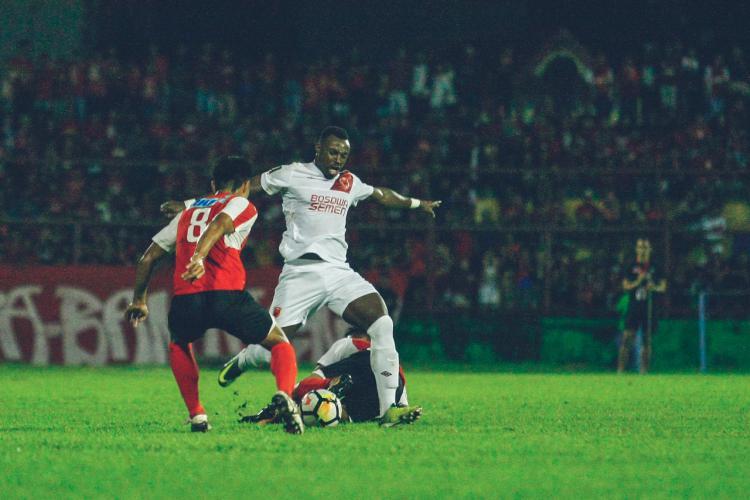 PSM Makassar vs Home United Copyright: Muhammad Nur Basri/INDOSPORT