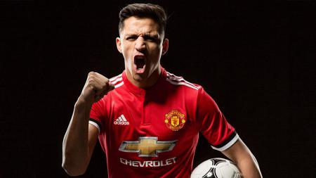 Alexis Sanchez resmi ke Man United. - INDOSPORT