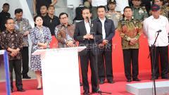 Indosport - Presiden Jokowi memberikan pidato sebelum meresmikan Istora Senayan.