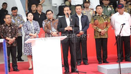 Presiden Jokowi memberikan pidato sebelum meresmikan Istora Senayan. - INDOSPORT