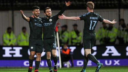 Pemain Man City merayakan gol ke gawang Bristol City di Piala Liga Inggris 2017/18. - INDOSPORT