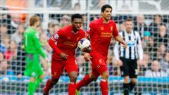 Indosport - Daniel Sturridge dan Luiz Suarez adalah striker utama Liverpool di musim 2013/2014 di era kepelatihan Brendan Rodgers.