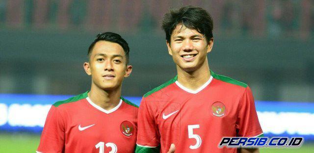 Achmad Jufriyanto dan Febri Hariyadi Copyright: persib.co.id
