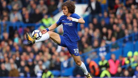 David Luiz, bek tengah Chelsea. - INDOSPORT