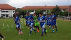 Indosport - Suasana latihan pemain Persib Bandung.