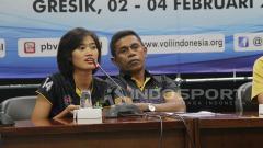 Indosport - Victro Laiyan resmi jadi pelatih tim voli putri Gresik Petrokimia