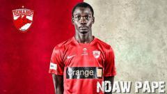 Indosport - Pemain baru Persipura, Pape Ndaw.
