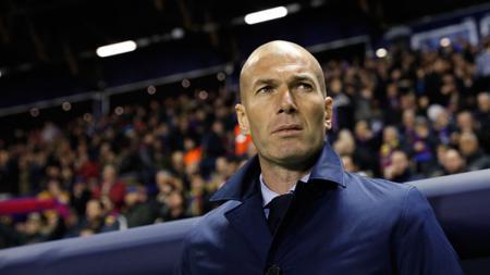 Zinedine Zidane jadi kandidat terkuat pengganti Didier Deschamps di Timnas Prancis. - INDOSPORT