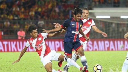 Eks Selangor FA (2018) Ilham Udin Armaiyn turut membongkar alasan memilih gabung ke Barito Putera jelang Liga 1 2020 bergulir. - INDOSPORT