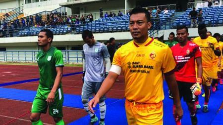 Hamka Hamzah ditunjuk sebagai kapten tim saat melawan PSMS Medan. - INDOSPORT
