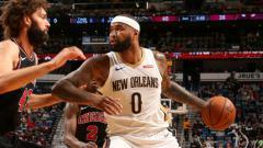 Indosport - DeMarcus Cousins saat membela New Orleans Pelicans.