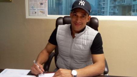 Addison Alves salah satu pemain sepak bola asal Brasil yang beberapa kali mencicipi atmosfer kompetisi di Indonesia. - INDOSPORT