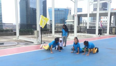Anak-anak Yayasan SAJA tampak ceria mengikuti acara yang diadakan Workout Embassy.