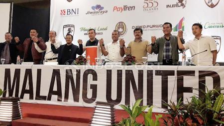 Djoko Purwoko saat acara sarasehan Malang United. - INDOSPORT