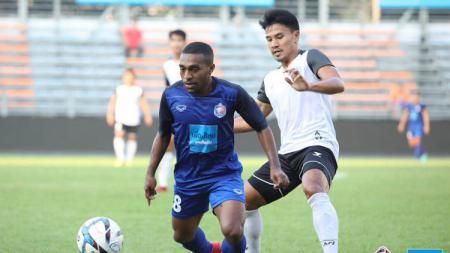 Pemain Port FC Terens Puhiri. - INDOSPORT