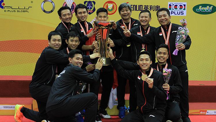 Momen kemenangan tim putra di final Badminton Asia Championships 2018. Copyright: HUMAS PBSI