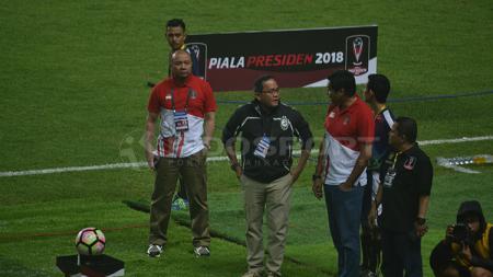 Ketua Steering Commitee Piala Presiden 2018 Maruarar Sirait, meninjau pedagang di Jakabaring Sport City (JSC). - INDOSPORT