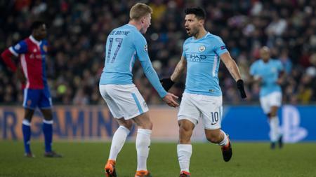 Sergio Aguero dan Kevin de Bruyne, dua pemain bintang Manchester City. - INDOSPORT
