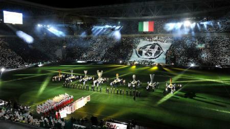 Liga Italia Serie A direncanakan bisa disaksikan langsung oleh suporter di stadion sebelum musim  2019/20 ini berakhir. - INDOSPORT