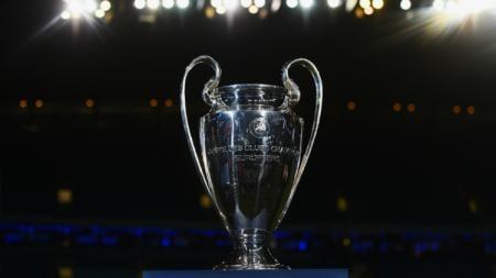 Trofi Liga Champions Eropa, prestasi paling bergengsi di benua biru. - INDOSPORT