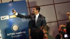 Indosport - Nonton Serie C Liga Italia pada Minggu (12/01/20), skuat Garuda Select disambangi legenda Inter Milan, Javier Zanetti.