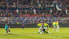 Indosport - Johor Darul Takzim vs Melaka United di Liga Super Malaysia.