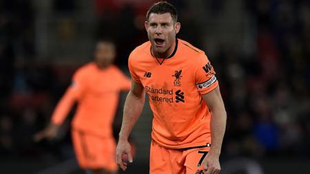 James Milner, salah satu pemain senior di Liverpool. - INDOSPORT