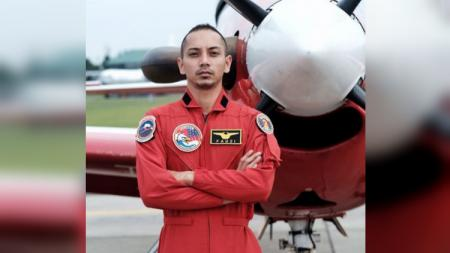 Aktor Indonesia Fauzi Baadilla - INDOSPORT