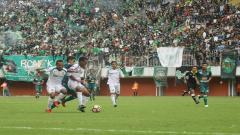 Indosport - PSS Sleman vs Persebaya