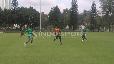 Latihan Timnas U-23 di Lapangan ABC - INDOSPORT