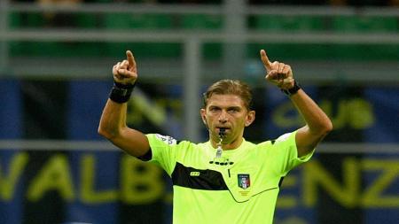 Salah satu wasit Serie A meminta bantuan teknologi VAR