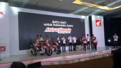 Indosport - Repsol Honda Team Announcement 2018 bersama pebalap Marc Marquez dan Danni Pedrosa di Arena Jiexpo Kemayoran.