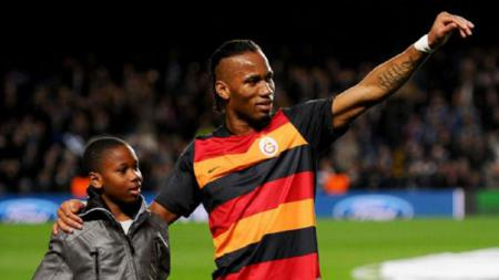 Didier Drogba dan Isaac Drogba - INDOSPORT