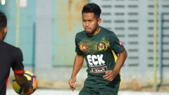 Indosport - Andik Vermansah saat menjalani latihan bersama Kedah FA.