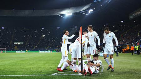 Pemain AS Roma melakukan selebrasi gol Cengiz Under. - INDOSPORT